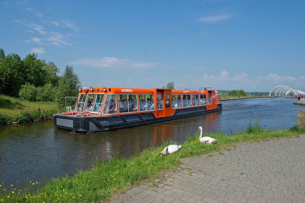 Book your Falkirk Wheel Boat Trip